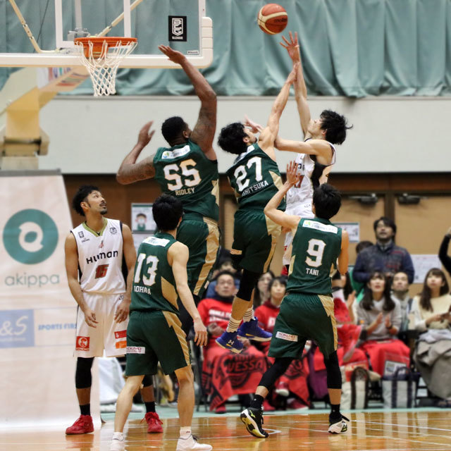 B.LEAGUE NISHINOMIYA STORKS vs OSAKA EVESSA photo by izy Rodriguez (Team Zion)